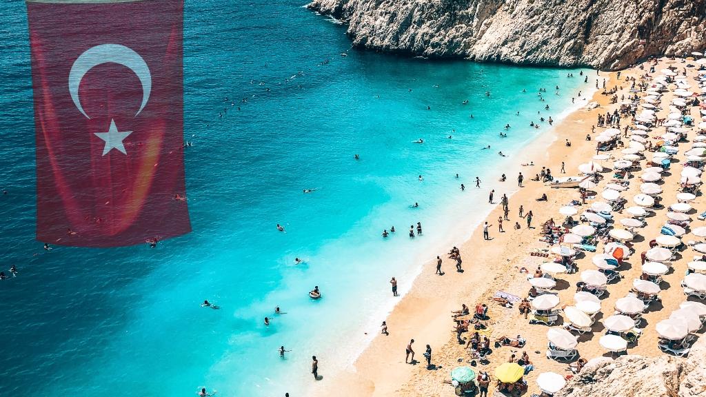 Türkiye yabancı turistleri ağırlamaya hazırlanıyor