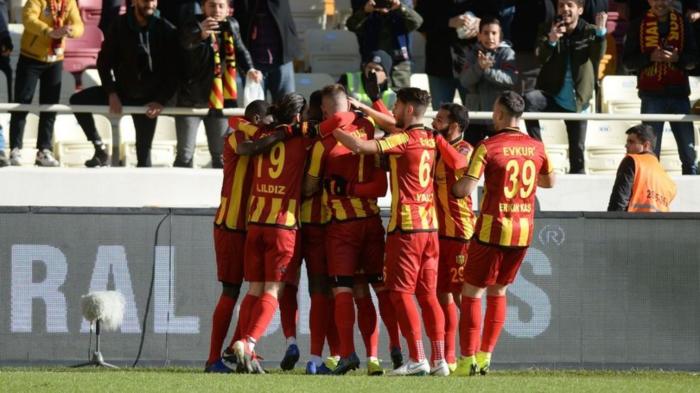 Evkur Yeni Malatyaspor tutulmuyor 39